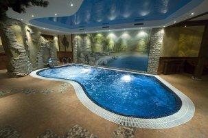 Бассейны: строительство и продажа бассейнов в Уфе