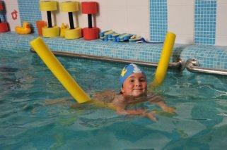 Плавание для новорожденных - обучение плаванию грудничков, цены в